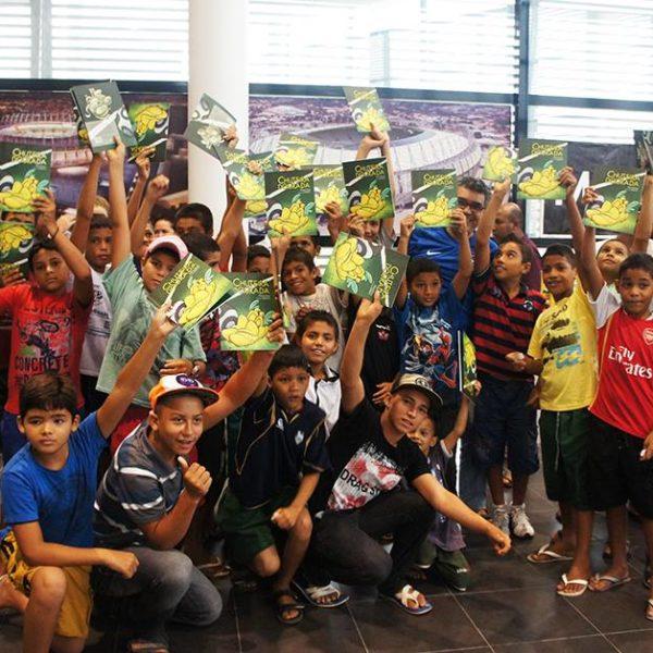 Lançamento do livro CHUTEIRA DOURADA na Arena Castelão
